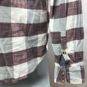 Vans Shirts - Vans tailored fit buttoned casual cotton shirt SzM